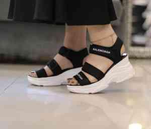 کفش و کتانی زنانه و مردانه دنیز